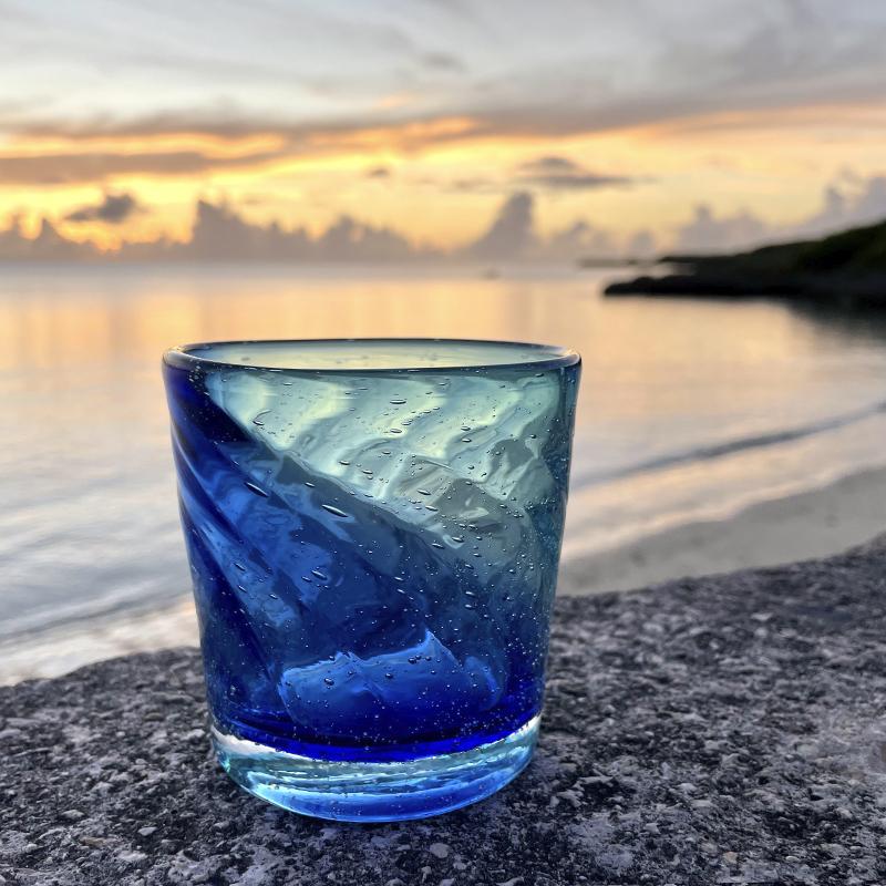 《送料無料》海色のロックグラス × 2個